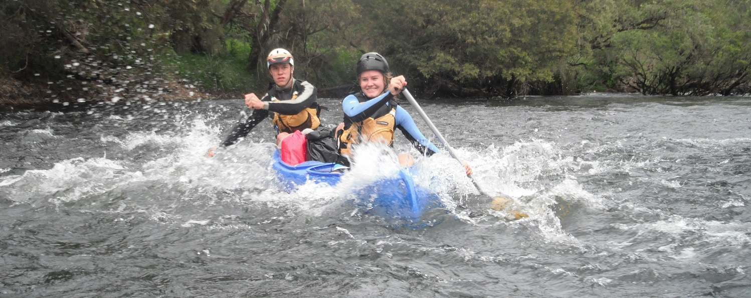 http://nymboidarivercanoes.com.au/wp-content/uploads/Coaching_Station_rapid-Nathan__Jessica.jpg
